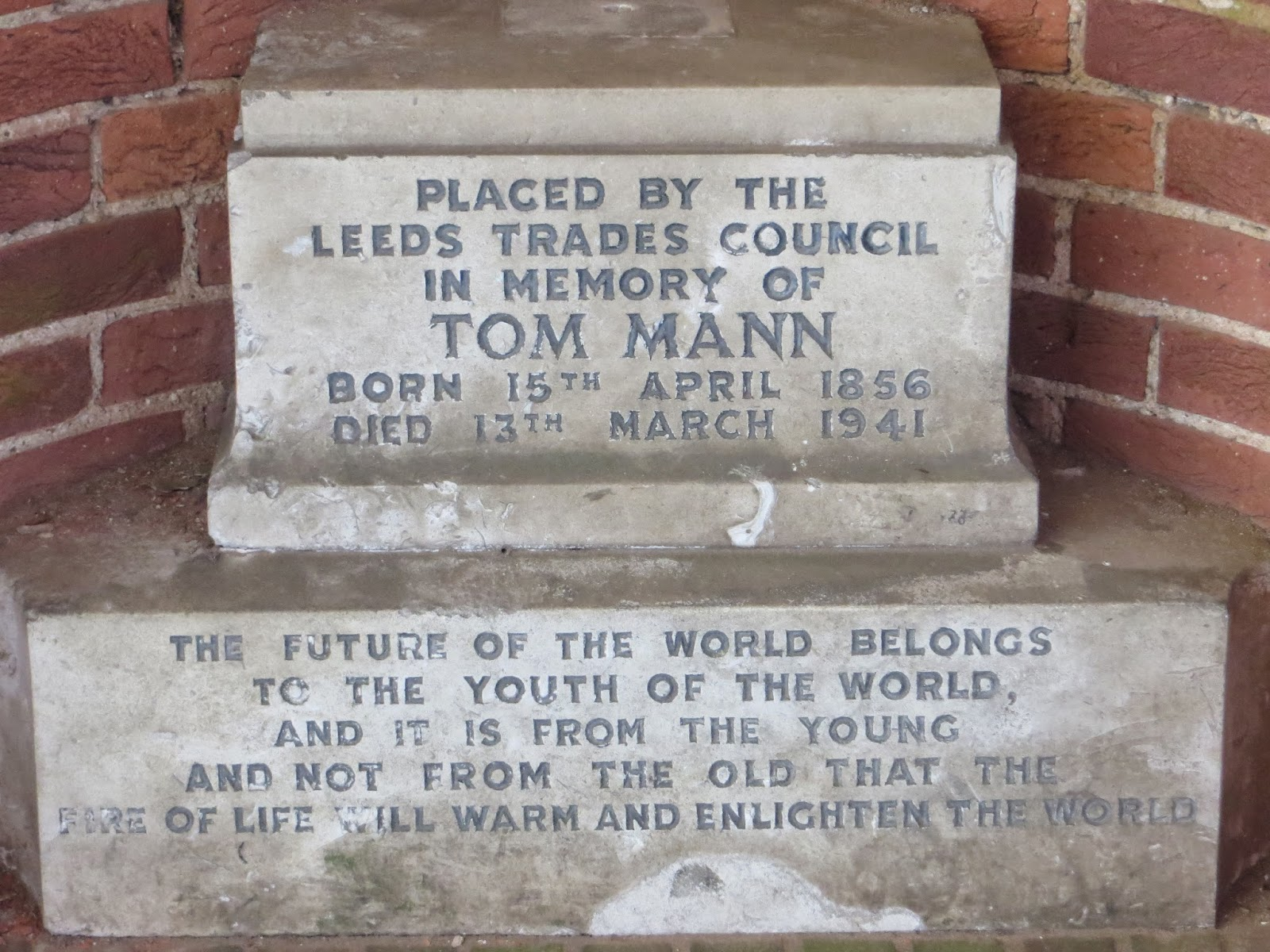 tom mann plaque